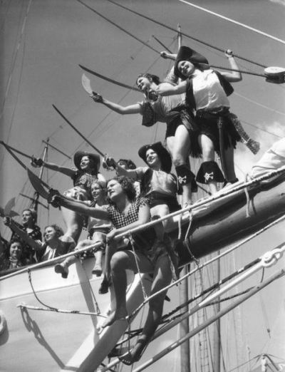 maudelynn:  Lady pirates; Southwest Pacific Exhibition - Long Beach 1928
