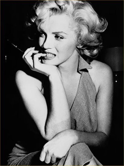 Beautiful Marilyn - another gorgeous shot.   Would love to find more great photo discoveries of Ms Monroe, so please let me know if you have any favorites!