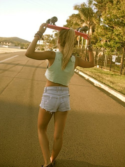 loveskatedie:  love / skate fashion