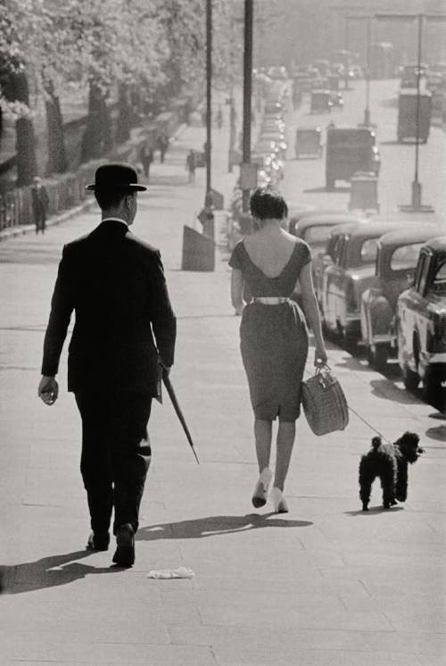 Frank Horvat, London, 1959 Thank you birikforever!