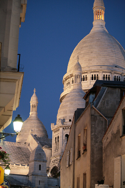 parisbeautiful:  Montmartre by trinityroadie on Flickr.