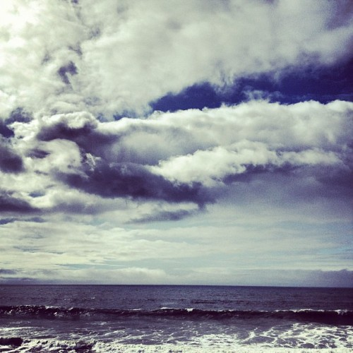 jesseharding: The Pacific.  (Taken with instagram)