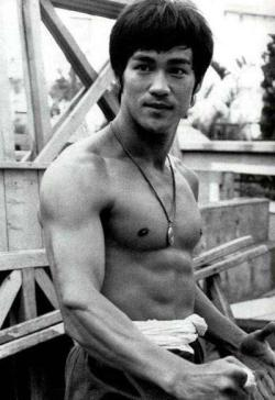 "Bruce Lee (1940-1973) ""To see a thing uncolored by one's own personal preferences and desires is to see it in its own pristine simplicity."""