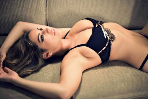8  .   Kelly Brook Kelly Brook's line