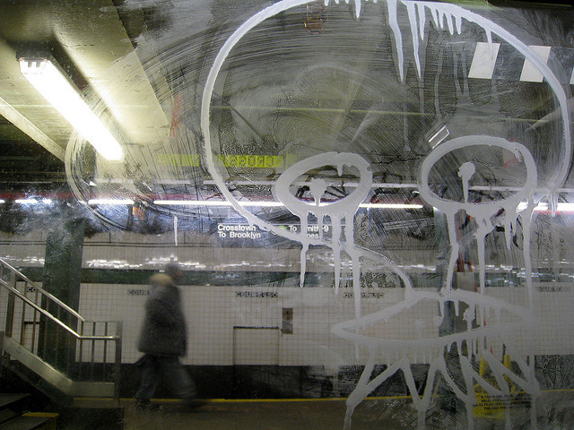 ufo on the g on Flickr.#etch #mta