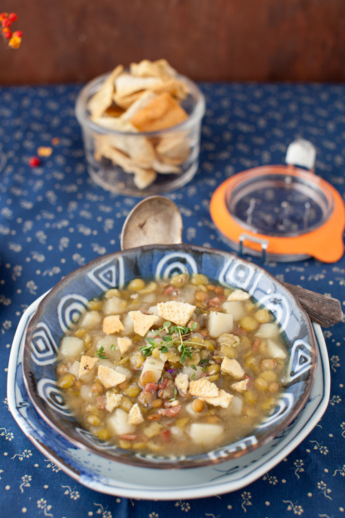 yummyinmytumbly:  Lentil Soup with Homemade Turkey Stock