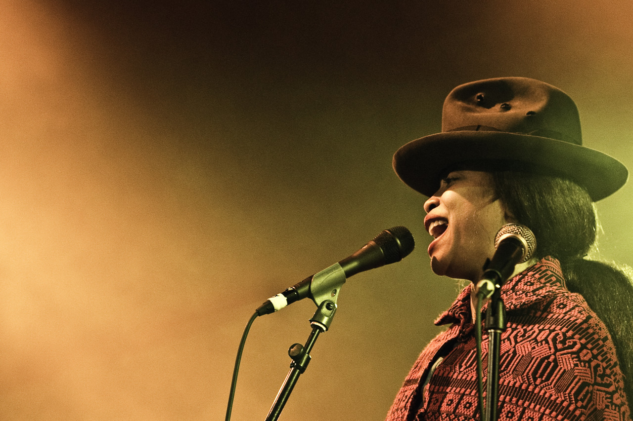 one of the best concert ever! and i had the honor to shoot it! Erykah Badu at Blue Balls Festival Lucern.