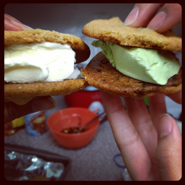 #icecream #cookies @ariadimalanta #good (Taken with instagram)