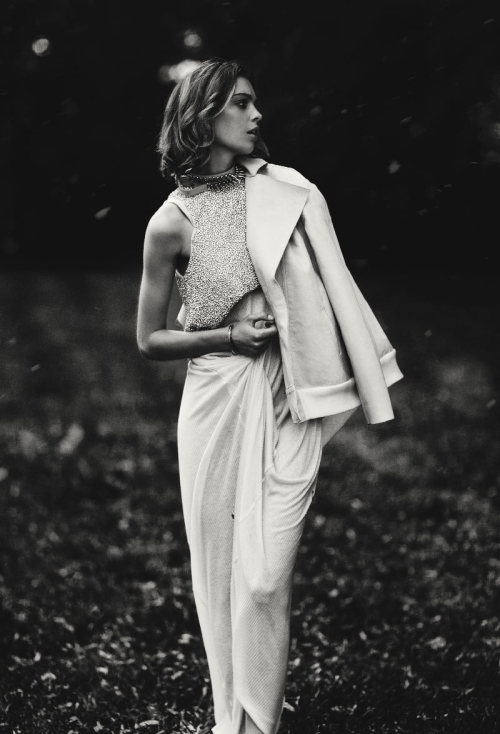 crushculdesac:  Ellery's resort 2011 campaign shot by Darren McDonald.