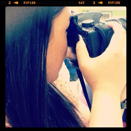Photo-shoot #instagram  #ipad #photosharing #itsmorefuninthephilippines #manila #photography #igers #igersdaily #igersmanila #iphone #iphoneasia #asia #girl #camera #canon  (Taken with instagram)