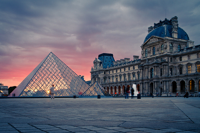 monamourparis:  Louvre by apertu on Flickr.
