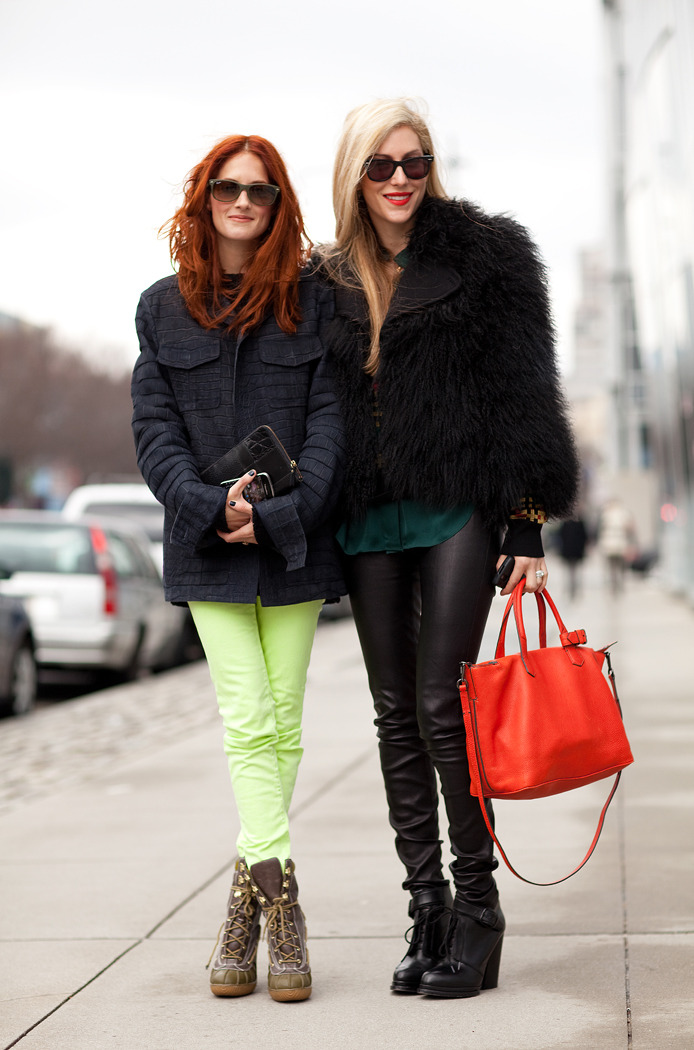 Look of the Day: Taylor Tomassi Hill & Joanna Hillman Photo credit: Mr. Newton