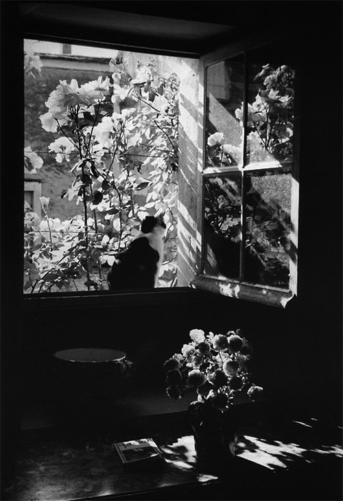 Édouard Boubat, Stanislas at the window, France, 1973 (via snowce)