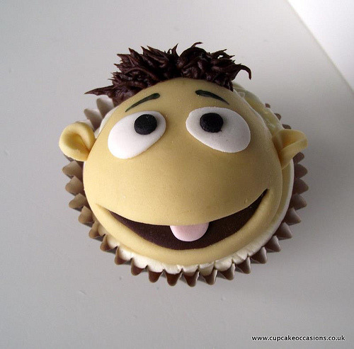 muppet 2012 walter (by Cupcake Occasions uk)