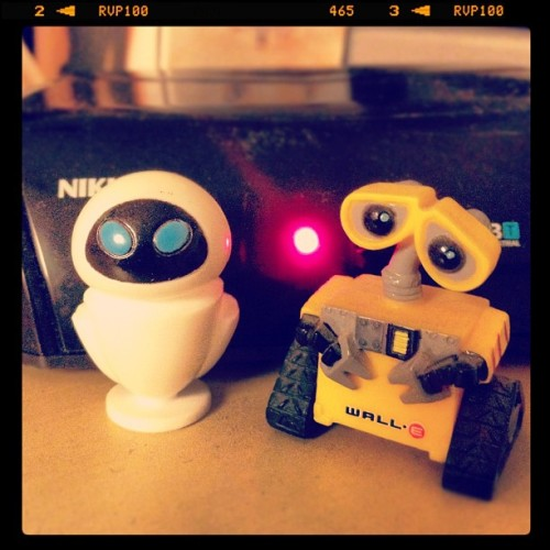 Wall-E & Eve  #instagram #igierspescara #iphoneography #igiers #iphone #ig #iphonephotography #pescara #instagood #photooftheday #picoftheday #instadaily #bestofthedy #iphonesia #iphoneonly #instamood #popularpage #ipopyou (Taken with instagram)