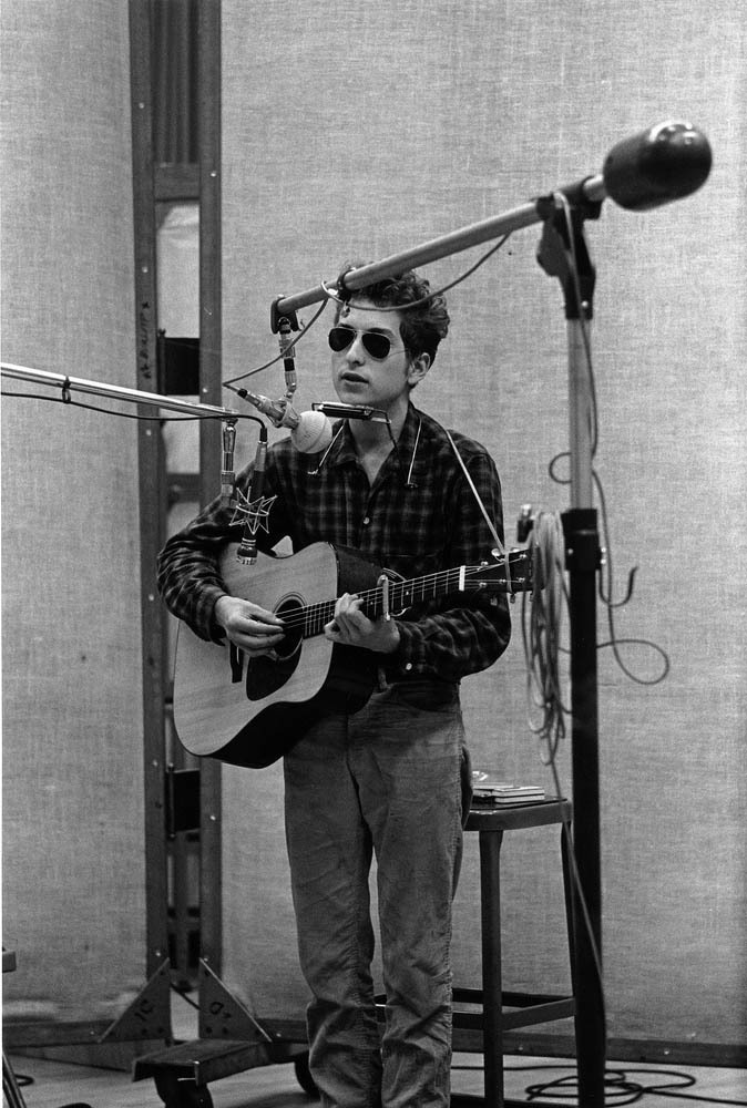 theconstantbuzz: Bob Dylan in the studio, 1963.