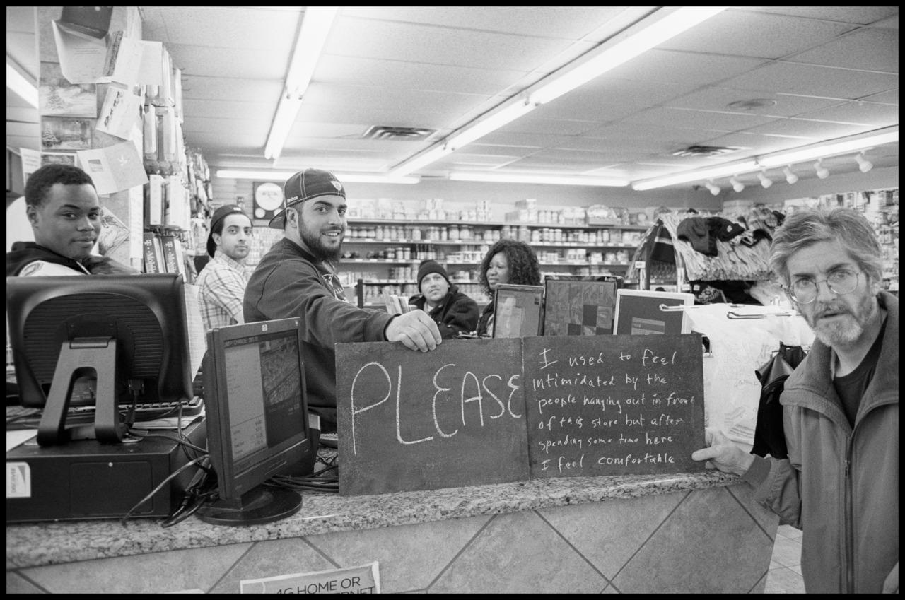 powderhorn muslim Minneapolis (i / ˌ m ɪ n i ˈ æ p ə l ɪ s /  in 1972 a relief agency resettled the first shi'a muslim family from uganda  powderhorn park: 8957: 1: 112.