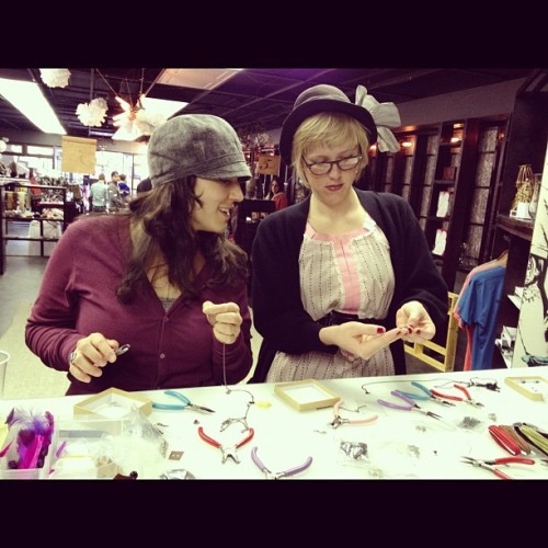 Cute girls making cute crafty things. This is a snapshot that Jenn from retrogypsy took yesterday at the DIY Jewelry Making class she taught! To sign-up for more Indie Industries DIY classes, go here. She'll be teaching another class in March if you're into it.