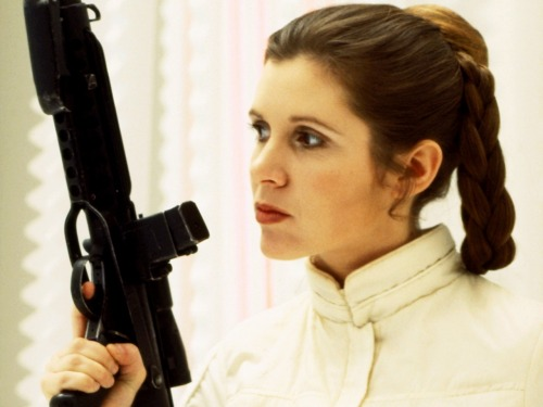 freakingeekin:  I think we can all agree that Princess Leia is a BAMF.