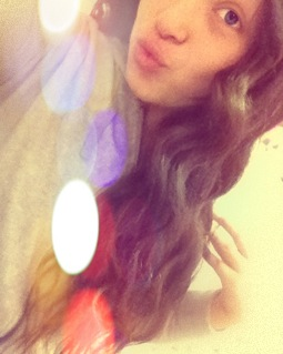 I'm loving my wavy hair I haven't curled my hair in over a year till now (: