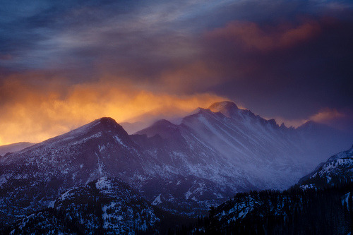 crucium:  Rocky Mountain Fire, Long's Peak, Colorado (by Dan Ballard Photography)