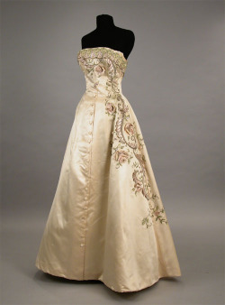 fripperiesandfobs:  Balmain ball gown, late 1950's From Doyle New York