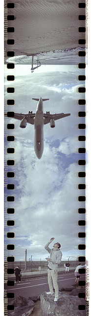 michaelburgess:  planespotting by farb.rauschen on Flickr.
