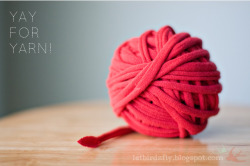 craftcrunk:  how to make t-shirt yarn