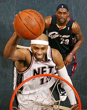 Vince Carter LOLing at LeBron's career