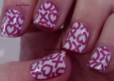 Sally Hansen Salon Effects - Cross My Heart #nails #nailart #naildecal
