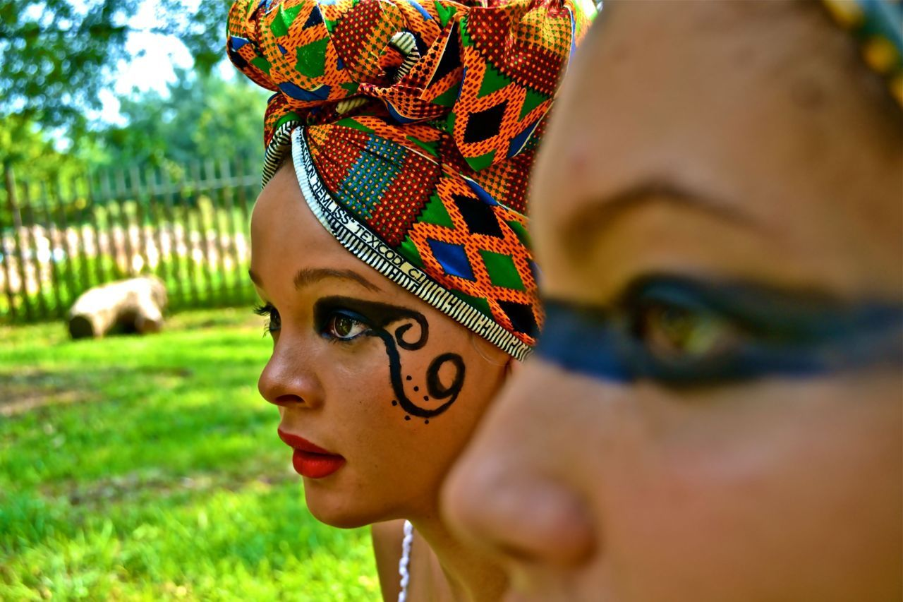 HEAD WRAP | SOUTH AFRICA.  Photographed by: The Expressionist