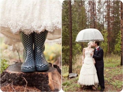 bride2be:  rainy wedding with a clear plastic bubble umbrella