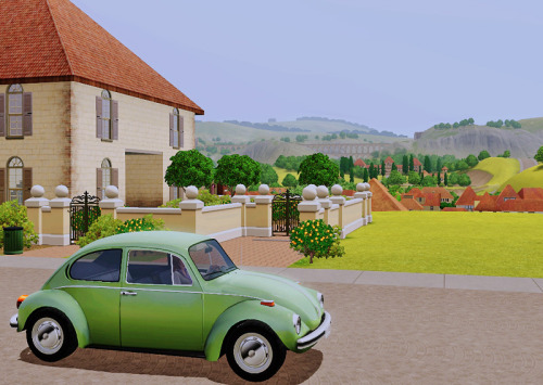 pixelpixies:  Sam is back in France and has a new car. Nice view from her chateaux eh?