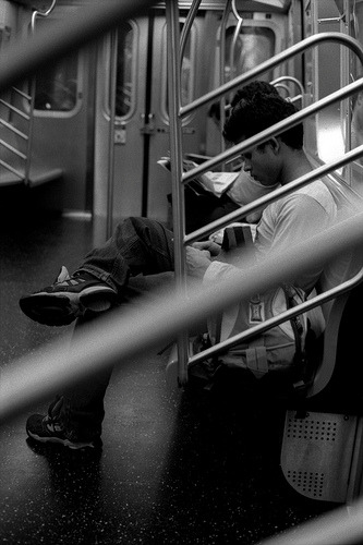 NYC: Commute #Streetphotography #Streettogs  Flickr: http://flic.kr/p/aRJbpR