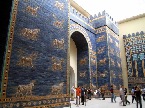 ex-bearbot:  The Ishtar Gate from Ancient Babylon (in its reconstructed state at the Berlin Museum) from the 6th century BCE, one of the great feats of world architecture and one of the original Seven Wonders. Nowhere to be found on Tumblr, which is sad, so I thought I'd rectify that.