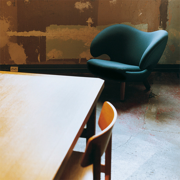 (via Selection of furniture from Finn Juhl | OEN)