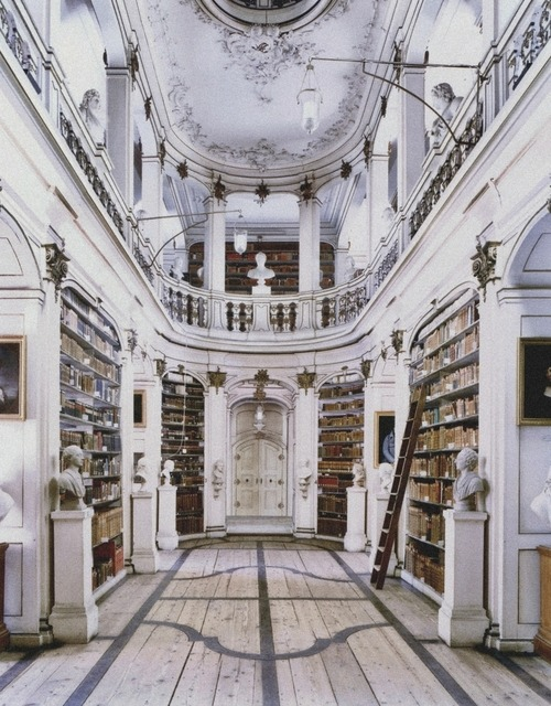 If this were a library around my house, I'd spend all day here.