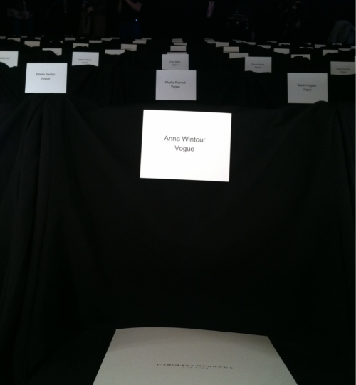 intern-al-affair:  Anna Wintour's seat at Carolina Herrera