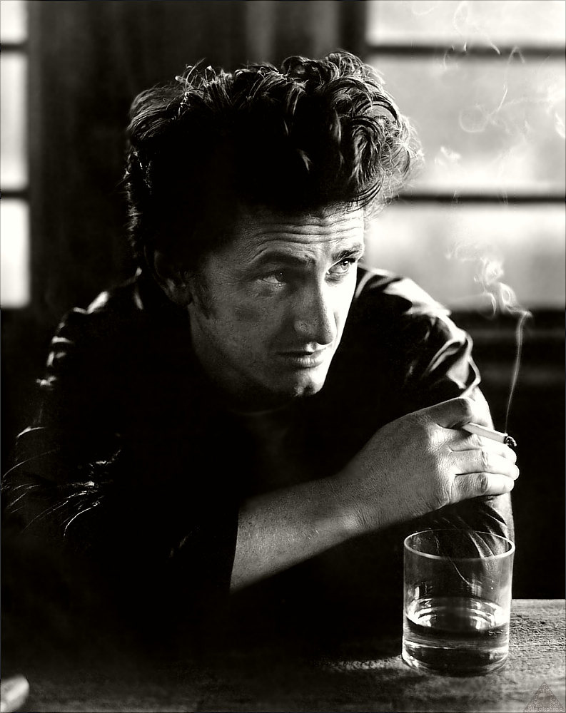 Today my boyfriend was told that he looks like a young Sean Penn….. I think that's an amazing and accurate compliment.