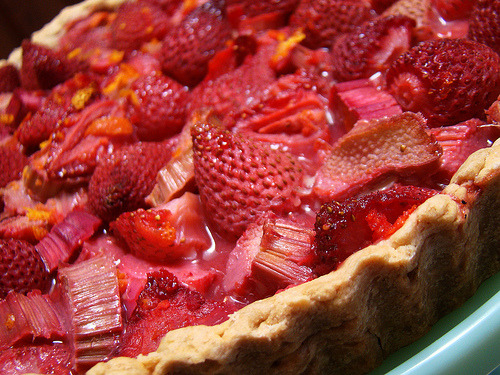 Rhubarbed Strawberry Daiquiri Tart Plated (by Vegan Feast Catering)