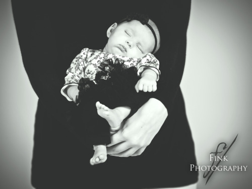 7 week old Greyson…passed out…during her photo shoot. haha.equipment:Hasselblad H3DStrobist:White Lightning 800 camera right through Beauty dishWhite Lightning 800 camera left fill light through large softbox.