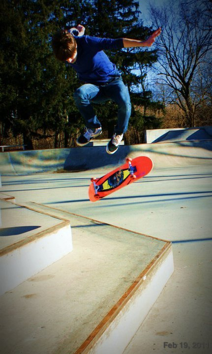 I want to skate… so badly! Spring, get hurrr!!