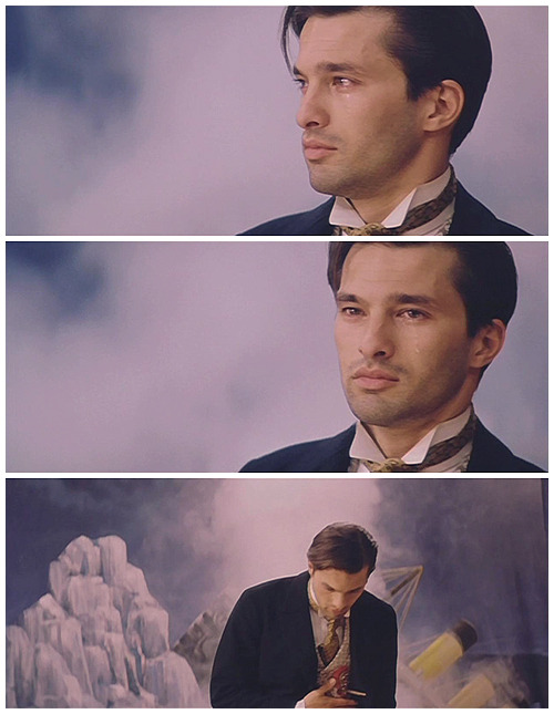"Olivier Martinez in ""The Chambermaid on the Titanic"".Je T'aime Olivier - An Olivier Martinez Fan Journal - http://0-rollergirl.livejournal.com"