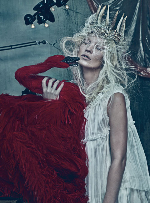 Kate Moss, W Magazine March 2012. (Image via Fashionising)
