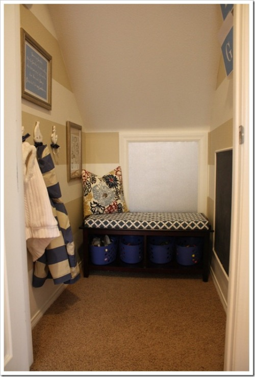 (via A Thoughtful Place: Mini Mudroom Reveal)