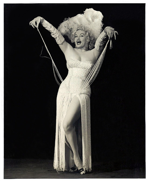 "Dixie Evans (""The Marilyn Monroe of Burlesque"") in sequins, feathers and fringe, via burleskateer."
