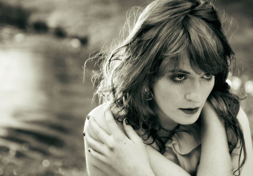 florence welch Love me?Or just fuck me senseless. Whichever.