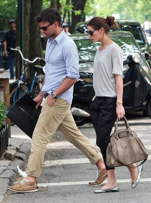 plai-n:  c-linique:  Attractive couple  click for fashion!