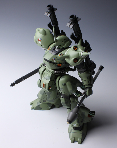 botboxgunpla:  MG MS-18E Kämpfer customise  God damn I love green Kampfers.