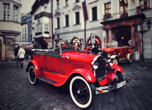 Prague - Old car by t4tO_ on Flickr.